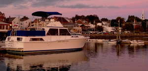 Mazu, The Elegant Houseboat Rental In Maine