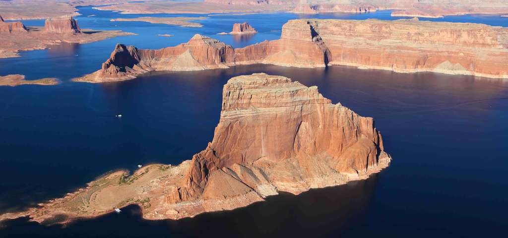 Lake Powell Page Roadtrippers