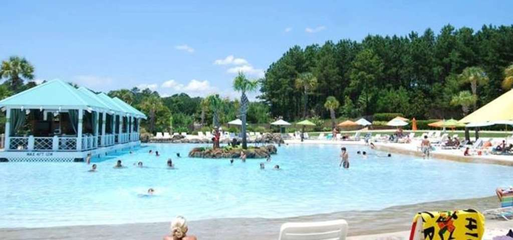 Geyser Falls Water Theme Park, Pearl River | Roadtrippers