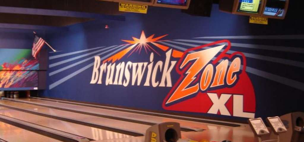 New Brunswick Bowling >> Brunswick Zone Carolier New Brunswick Roadtrippers
