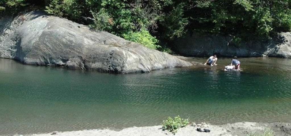 The Punchbowl Skinnydipping Waitsfield Roadtrippers