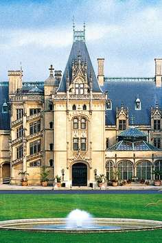 Biltmore estate asheville roadtrippers for Is biltmore estate haunted