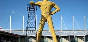 Golden Driller - Giant Oil Man Statue