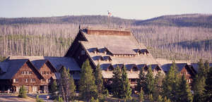 Old Faithful Inn