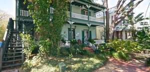 Alexander Homestead Bed & Breakfast
