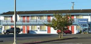 Crescent City Travel Lodge