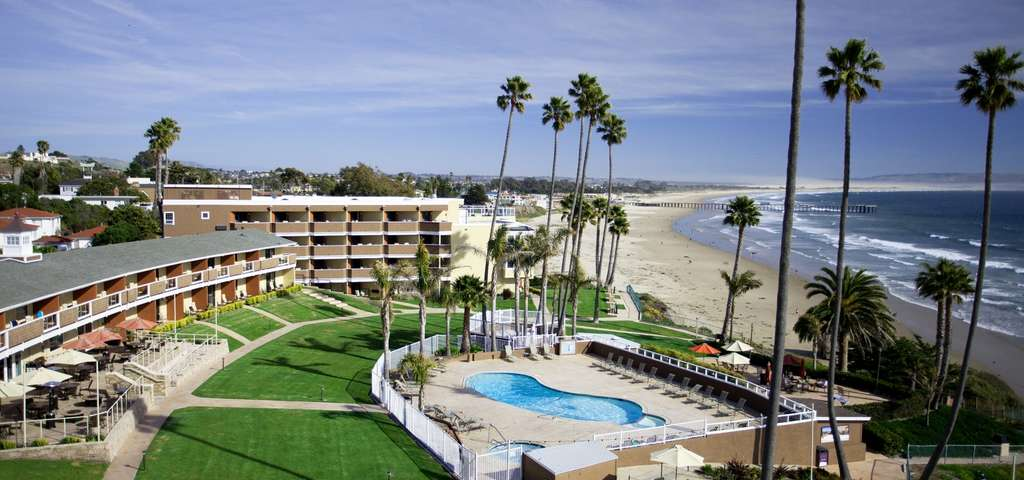 The Seacrest Oceanfront Hotel 2241 Price St Pismo Beach California 93449 Usa