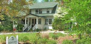 Oakland Cottage Bed and Breakfast