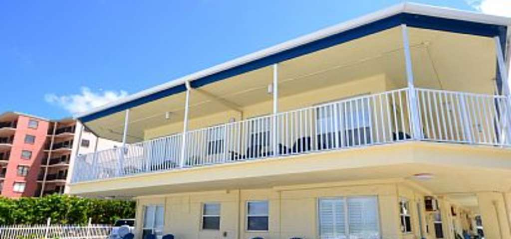 Sea Rocket 18 2nd Floor Updated Efficiency Condo In A Gulf Front Building North Redington Beach Roadtrippers