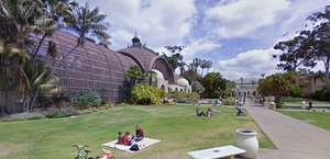 Botanical Building And Lily Pond, San Diego