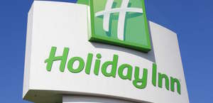 Holiday Inn Hotel & Suites Des