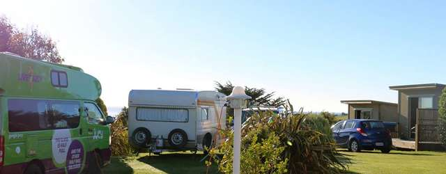 Riverton Holiday Park