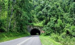 Road trip down the Appalachian Trail (1 Week)